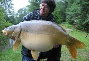 ADVANTAGES OF NIGHT ONLY CARP FISHING IN FRANCE