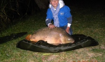 LOTUS LAKE PRODUCES A 41LB CARP FOR 12 YEAR OLD JAKE