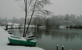 WINTER WONDERLAND @ GOLDEN OAK CARP LAKE IN FRANCE