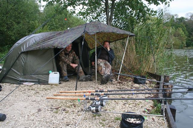 getting ready for your carp fishing session - essential items, Reel Combo