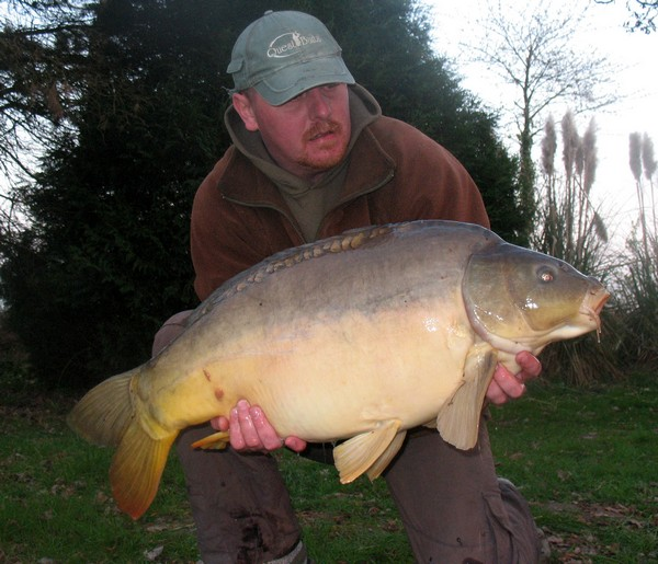 carp fishing feature finding