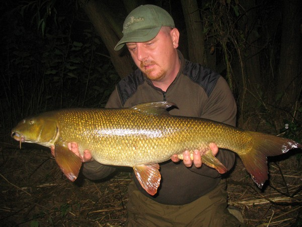 barbel fishing thoughts and tips