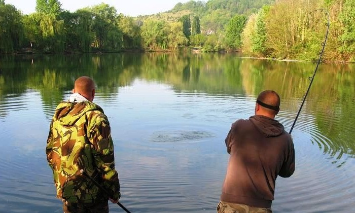 A beginners guide to carp fishing in france angling for Beginners guide to fishing
