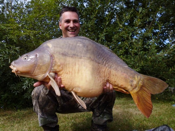 spawned out Villefond carp fishing lake in france