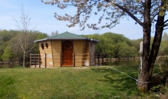 Carp fishing in france with accommodation cabin