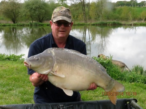Bletiere carp fishing holidays in france