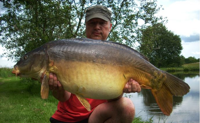 Carp fishing holidays in France at Alder