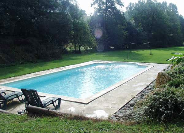 French Carp Fishing Lakes With Accommodation And Swimming Pools Angling Lines Blog