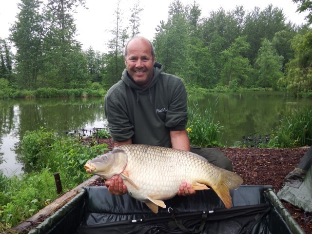 carp fishing holidays with accommodation at bletiere