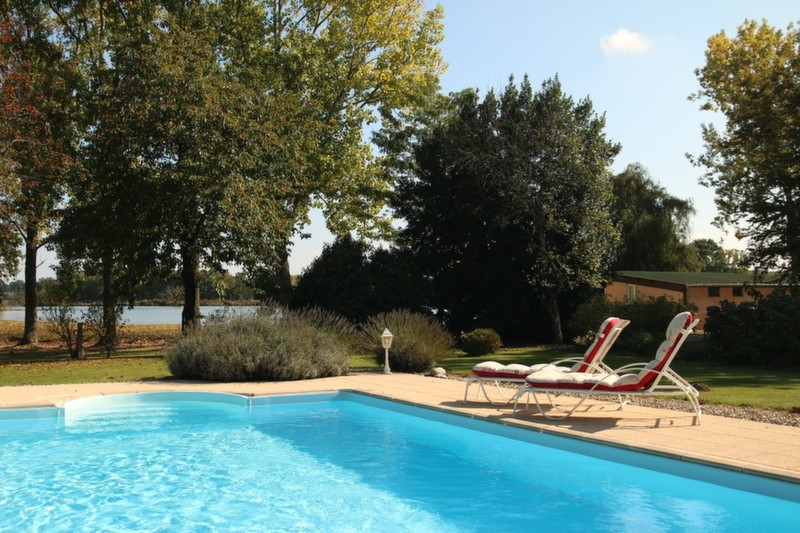 vincons carp fishing in france with accommodation