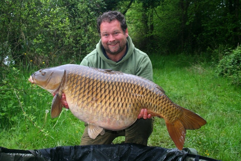 Carp fishing in France at Castle Lake