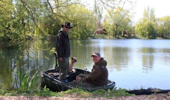 Carp fishing at Molyneux in France