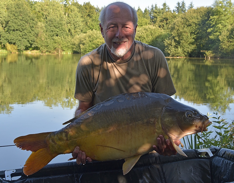 french carping at Lillybelle fishing lake