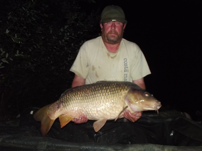 French carp fishing at villefond
