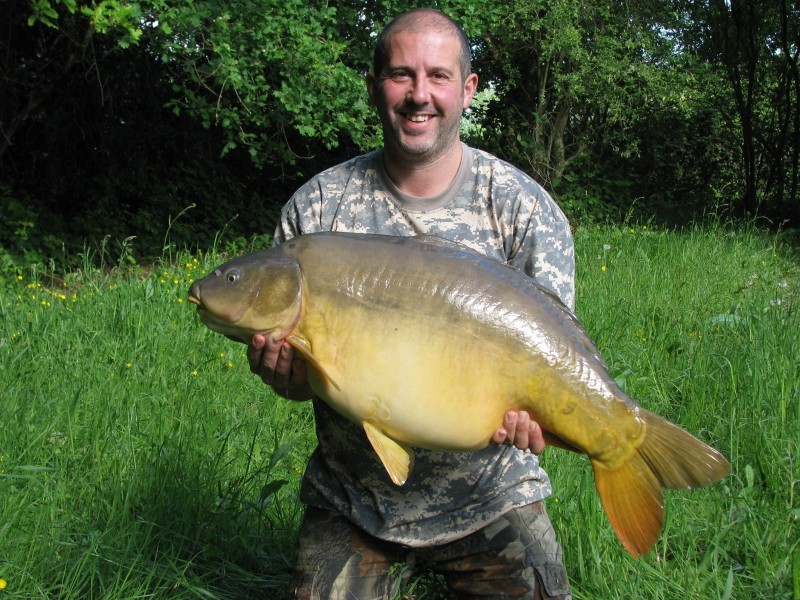 big carp fishing in france laroussi