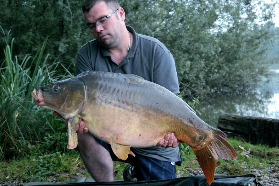 carp fishing lakes in France Brocard Large