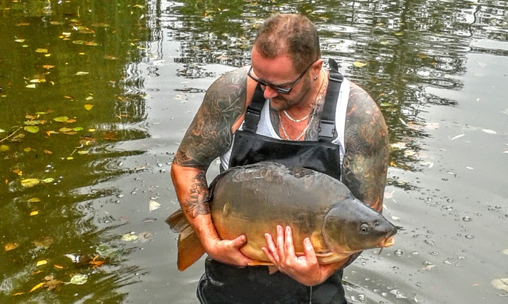 Bletiere french carp lake stocking
