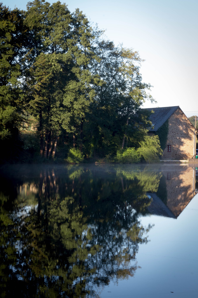 carp fishing in france with accommodation at Vaux