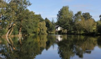 french carp fishing with accommodation