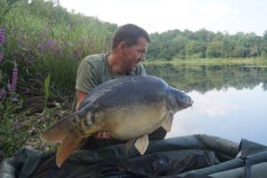barringtons french carp fishing lake