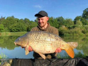 remieu French carp lake with accommodation