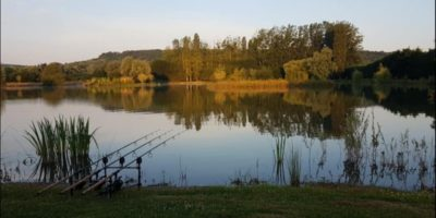 Deux Iles Carp Lake France with Cabin