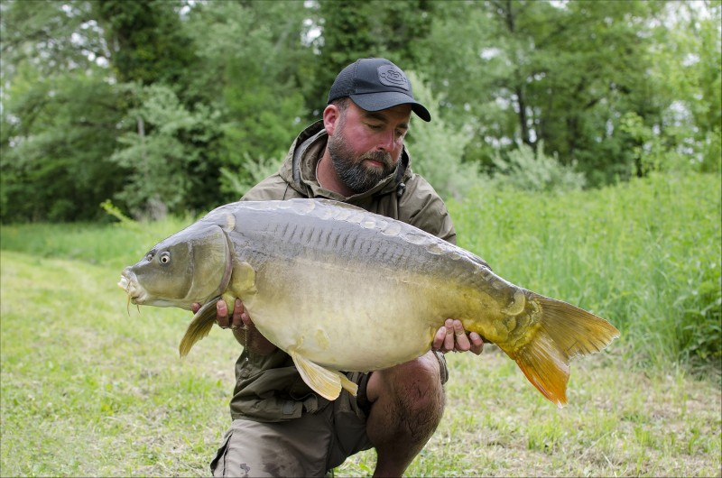 Carp fishing in france at Villereal